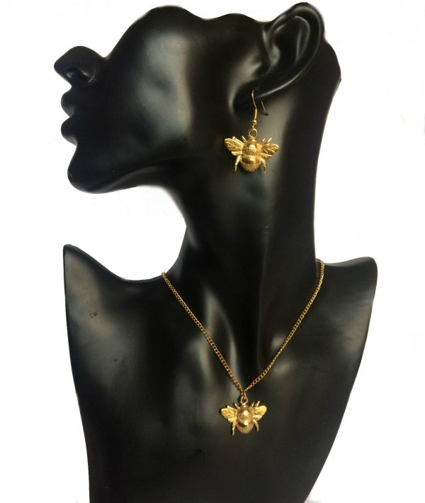 22ct Gold Plated Bumble Bee Jewelery Set
